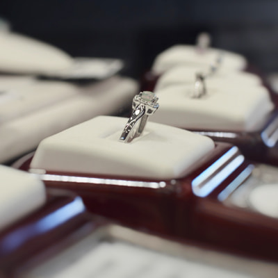 custom engagement ring thunder bay